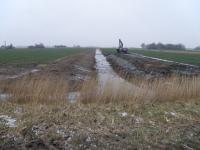 Graben zwischen Schaf- und großer Fenne während der Arbeiten Januar 2014
